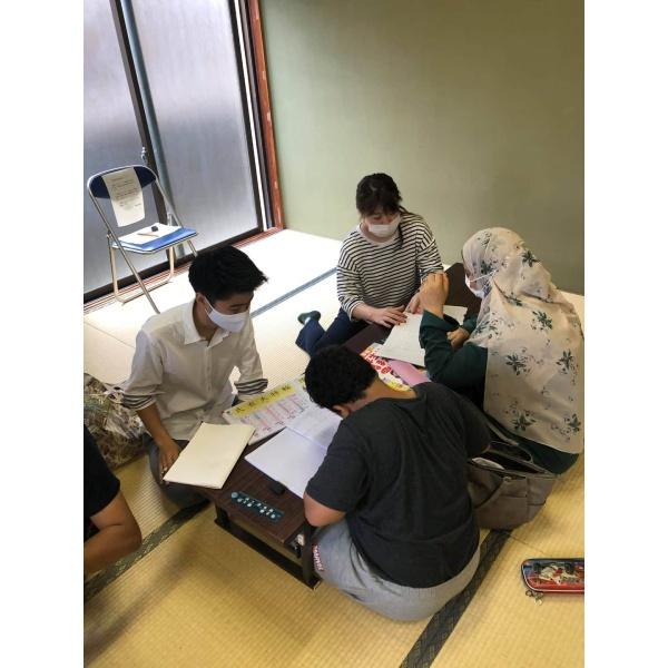画像1: 外国人児童生徒の学習支援